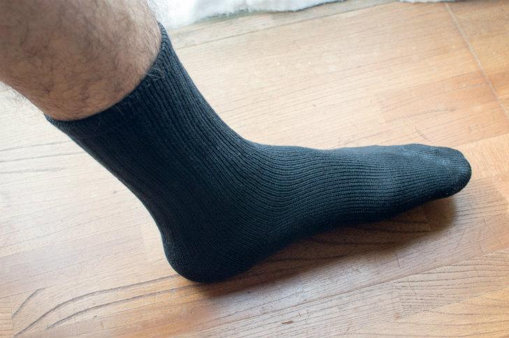 消臭靴下のブリーズブロンズ